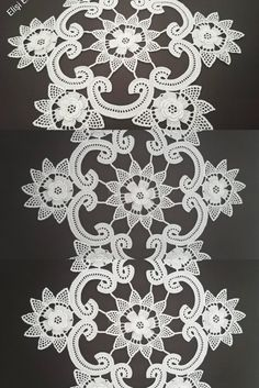 Crochet Doilies, Burlap Wreath, Projects To Try, Gardening, Tejidos, Lawn And Garden, Burlap Garland, Horticulture