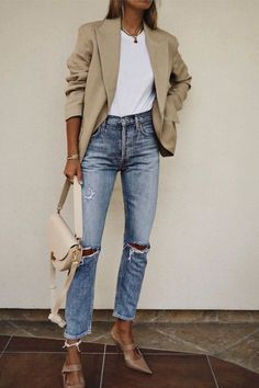 jeans outfits for work Mode - Mode frauen - Mode sommer - Mode inspirationen jeans outfits for work Outfit Jeans, Jeans Outfit For Work, Summer Work Outfits, Fall Outfits, Casual Outfits, Blazer Outfits, Casual Ootd, Blazer Jeans, Jeans Heels