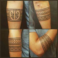 new zealand maori tattoos arm bands Model Tattoos, Sexy Tattoos, Body Art Tattoos, Tribal Tattoos, Small Tattoos, Tattoos For Guys, Sleeve Tattoos, Tattoos For Women, Maori Tattoos