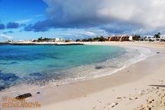 Plaża Los Lagos na Fuerteventurze. Jedna z najładniejszych plaż na Wyspach Kanaryjskich. #wyspykanaryjskie