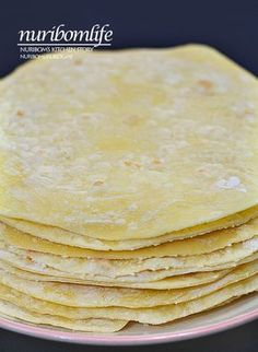 Making tortillas: Soft tortillas made without fermentation . Korean Dishes, Korean Food, How To Make Tortillas, Making Tortillas, Blueberry Chocolate, Mexican Food Recipes, Ethnic Recipes, Tasty, Yummy Food