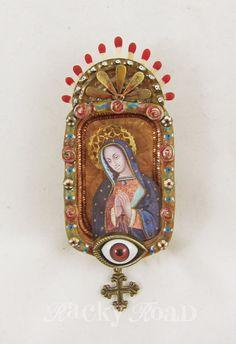 Altered mini Altoids tin: Virgin Mary shrine (KBatsel)