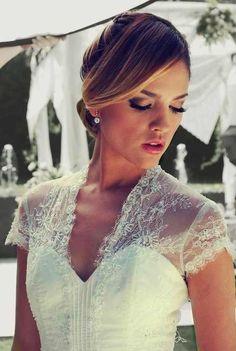Eiza Gonzalez's Wedding Dress In Amores Verdaderos