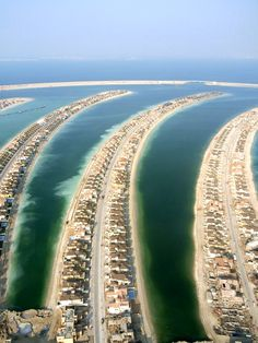 Dubai These are Luxury Homes Built out in the Ocean on Man Made Islands.!!!