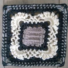 Ei ole Vuoksen voittanutta - Nothing conquers the Vuoksi  Suunnittelija Seija Ervelius #kalevalacal_eiolevuoksenvoittanutta  #kalevalacal #kalevalacal2017 Blanket, Crochet, Pattern, Ganchillo, Blankets, Cover, Crocheting, Comforters, Knits