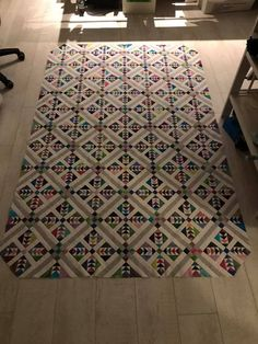 Wild and Goosey quilt made by Mieneke Poot to Quiltville's Open Studio. (it's Bonnie Hunter's pattern of course) I absolutely LOVE her setting and I want to do one like it! Great inspiration