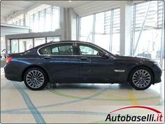 BMW 740 I ''FUTURA'' MOD RESTYLING  Cambio automatico + Navigatore + Interni in pelle + Dynamic Xeno + Cruise control + Keyless'go + Bluetooth + Radio cd + Cerchi in lega 19 + Sedili reg elett + Memory + Park distance control + Bracciolo + Climatizzatore bi-zona + Volante multifunzione + Fendinebbia