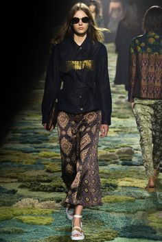 Dries Van Noten Spring 2015 Ready-to-Wear - Collection - Gallery - Look 14 - Style.com