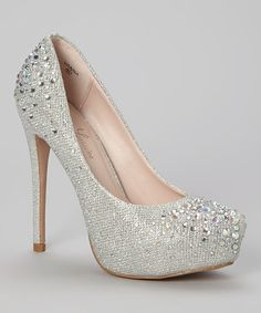 Take+a+look+at+this+Silver+Sparkle+Vanna+Pump+on+zulily+today!