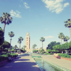 Looking for beautiful places to visit in Spring? Enjoy the sun, the sand and the beach. 🏝 Discover Marrakesh, Essaouira and more… 😎👍🏖🏜 Weekend In Nashville, Music City Nashville, Historical Monuments, Historical Sites, Beautiful Places To Visit, Wonderful Places, Best Airlines, Places In America, Domestic Flights