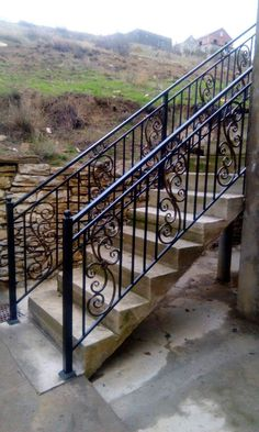 The Next Level: 14 Stair Railings to Elevate Your Home Design How to Decorate a staircase railing contractor singapore that will blow your mind Wrought Iron Stair Railing, Staircase Railings, Staircase Design, Outdoor Stair Railing, Balcony Railing Design, Building Stairs, Iron Balcony, Steel Stairs, Galvanized Pipe