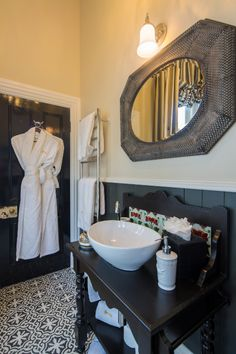 Bathroom of Archerfield Suite at Hulbert House, Queenstown, NZ Lodges, Boutique, Bathroom, Luxury, Pictures, House, Home Decor, Washroom, Photos
