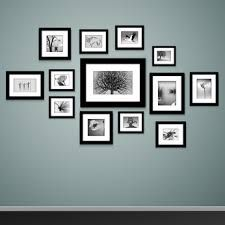 Feature wall Frames - Photo frames on wall Vector vintage picture frames. Photowall Ideas, Molduras Vintage, Vintage Picture Frames, Bedroom Pictures, Family Wall, Cool Walls, Wall Collage, Collage Ideas, Collage Pictures