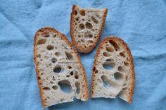 Cum se face maia naturală pentru pâine fără drojdie - rețeta de drojdie sălbatică | Savori Urbane Breakfast Recipes, Cookies, Food, Breads, Crack Crackers, Bread Rolls, Biscuits, Cookie Recipes, Bread