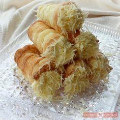 Sajtroló My Recipes, Favorite Recipes, Torte Cake, Hungarian Recipes, Hungarian Food, No Cook Meals, Cake Cookies, Shrimp, Diet