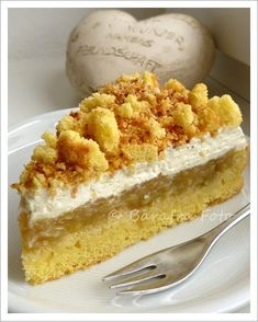 Rhabarber-Krümeltorte à la Barafra Vanilla Cake, Baking Recipes, Food And Drink, Desserts, Lazy Sunday, Strudel, Cakes, Pie, Strawberry Cakes