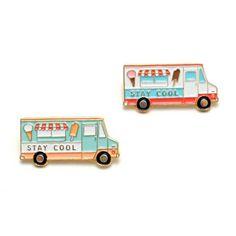 Soldes d'été! Crème glacée camion Enamel Pin