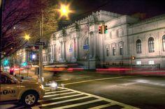 83rd Street and Fifth Avenue (Metropolitan Museum) Night