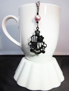 Hogwarts Inspired Black Crest Tea Infuser Charm. by CamilleLaLune