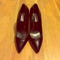 STEVE MADDEN BLACK HEELS Short STEVE MADDEN black heels,worn twice. Steve Madden Shoes Heels