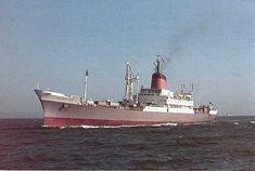 Good Hope Castle, leaving Table Bay - March 30th 1966 (C.H.Solomon)
