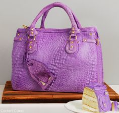 Absolutely amazing cake. The detailing is astonishing.  Designer Handbag CAKE by Confetti Cakes. Thecakeblog.com