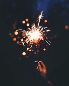 22 Ideas Party Summer Night Fireworks For 2019 Tumblr Photography, Light Photography, Creative Photography, Portrait Photography, Photography Wallpapers, Pinterest Photography, Photography Books, Photography Articles, Phone Wallpapers