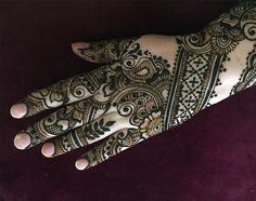 Henna design by Wendy Rover, rovinghorse.com