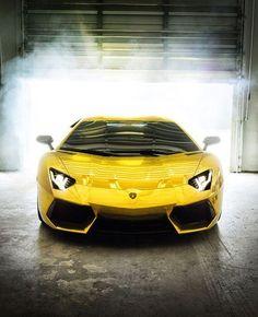 Awesome Aventador.
