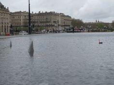 Bordeaux vous semble-t-elle être une ville particulièrement risquée ? Participez et répondez au QUESTIONNAIRE en ligne, au coeur d'Enquête En Quête #2 ! www.enquetebdx.fr/questionnaire #enquetebdx #risque #espacepublic #sharkporn