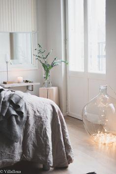 makuuhuone,lakanat,viherkasvi,moderni,vaalea