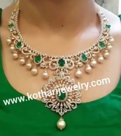 Rose Gold Jewelry, Diamond Jewelry, Diamond Choker, Gold Jewellery, India Jewelry, Fine Jewelry, Jewelry Patterns, Necklace Designs, Diamond Pendant