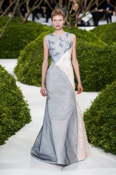 Christian Dior - Haute Couture - Spring 2013 - Spring 2013's Most Beautiful Haute Couture Gowns - StyleBistro