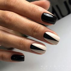 Here are some beautiful nail designs and nail art we have prepared for you. Hurry to try this awesome ideas. Minimalist Nails, Stylish Nails, Trendy Nails, Diy Nails, Cute Nails, Latest Nail Art, Luxury Nails, Nagel Gel, Perfect Nails