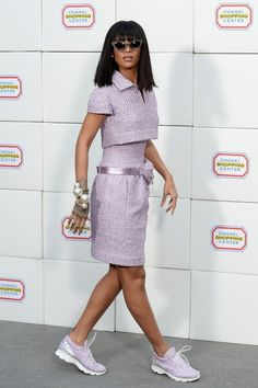 Top 10 Celebrity Fashion Trends for Fall & Winter 2015 ... rihanna-sneakers-1293x1940 └▶ └▶ http://www.topteny.com/top-10-celebrity-fashion-trends-for-fall-winter-2015/