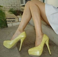 Yellow High Heel Platform Pump Shoes Size 7 1/2 New !