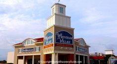 Wrentham Premium Outlets - the best discount shopping mall in Boston Boston Shopping, Shopping Malls, Natick Mall, Places In Boston, Great American Road Trip, Luxury Bus, Premium Outlets, Discount Shopping