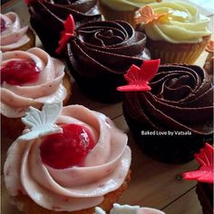 Butterfly cupcakes! Raspberry, Mocha and Pineapple cupcakes.  #bakedlove #bakedlovebyvatsala #butterflycupcakes #edibleart