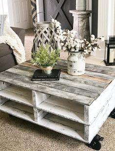 Build a farmhouse pallet coffee table…cheap, easy and fast! Build a farmhouse pallet coffee table…cheap, easy and fast! Wooden Pallet Projects, Pallet Crafts, Diy Pallet Furniture, Pallet Ideas, Furniture Legs, Barbie Furniture, Garden Furniture, Furniture Design, Pallet Diy Decor