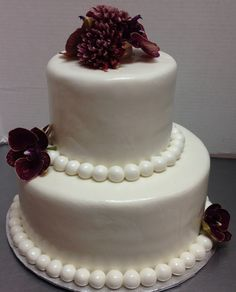 We push the artistry of the cake creation to new heights with our fanciful designs, rich ingredients and proprietary methods....If you would like to order custom cakes of any style,  or combination of ingredients and visual goodies, our artists will sculpt delectable edibles that you will treasure forever. Call us today at 805-497-6111 or at ForHeavensCakes.com For Heavens Cakes™ 804 E. Thousand Oaks Bl. Thousand Oaks, CA 91360 #anniversarycakes #cake #cake  #sweet #dessert #desserts