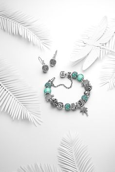 The Summer collection 2015 is filled with wonderful exotic pieces and colors to get in the right mood for warmer days. #PANDORA #PANDORAbracelet #PANDORAearrings