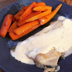 Filet de plie sauce crémée à lorange #poisson #plie #orange #cuisine #food #homemade #faitmaison N'hésitez pas à nous demander la recette nous la publierons dans notre bloghttp://ift.tt/1JtxP6n #amazing #eat #foodporn#instagood #photooftheday#yummy #sweet #yum #Instafood #dinner #fresh #eatclean #foodie #hungry #foodgasm #tasty #eating #foodstagram #cooking #delish #foodpics #french Vous pouvez nous suivre dans Twitter @mememoniq ou sur Facebook http://ift.tt/1JA3KvP