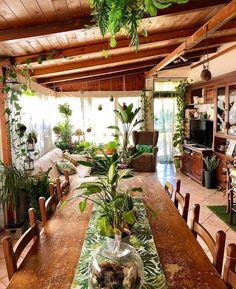 Trendy Home Interior Bohemian House 40 Ideas Bohemian House, Bohemian Decor, Modern Bohemian, Boho Chic, Bohemian Living, Boho Gypsy, Hippie Boho, Bohemian Style, Indoor Garden