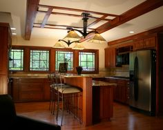 Yes! - Prairie Style Ranch Remodel: Kitchen - traditional - kitchen - other metros - Richard Taylor Architects ~ windows! Mission Style Kitchens, Craftsman Style Kitchens, Craftsman Decor, Craftsman Interior, Home Kitchens, Craftsman Homes, Frank Lloyd Wright, Kitchen Color Themes, Mission Style Decorating