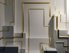 Golden Snake à l'exposition double je de Mathias Kiss