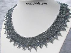 Netted bead necklace