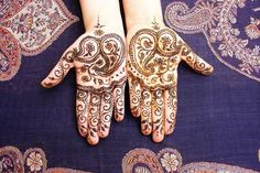Are Henna Tattoos Really Safe for Teens?
