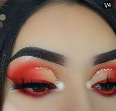 Nude and red half cut crease with gold eyeliner and red winged eyeliner What is Makeup ? What's Makeup ? Red Makeup Looks, Cute Makeup, Glam Makeup, Makeup Geek, Skin Makeup, Eyeshadow Makeup, Eye Makeup Art, Daily Makeup, Eyeshadows
