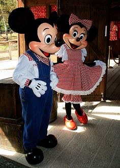Mickey & Minnie at Mickey's Backyard BBQ in Disneyland Teen Costumes, Woman Costumes, Pirate Costumes, Couple Costumes, Princess Costumes, Group Costumes, Halloween Costumes, Disney Parks, Disney Pixar