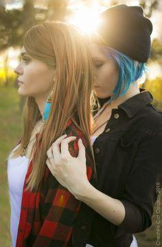 so amazing life is strange cosplay. Arcadia Bay, Life Is Strange 3, Chloe Price, Girl Couple, Cosplay Costumes, Cosplay Ideas, Life Tattoos, Fantasy Characters, Body Painting